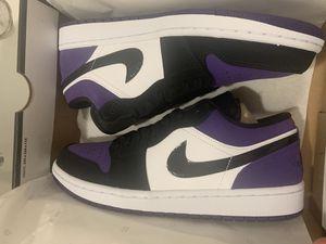 JORDAN 1 low purple $110 sz 9.5, 9 for Sale in Opa-locka, FL