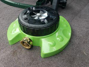 Garden Blooms Sprinkler 9way Adjustable pattern for Sale in Redmond, WA