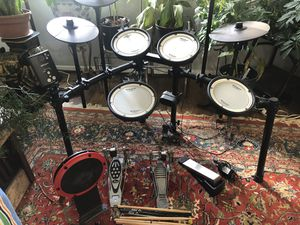 Roland Electronic Drum Set for Sale in Alexandria, VA