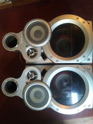 used JVC speakers $50 but ifcome get them today$30 for Sale in Avon Park, FL