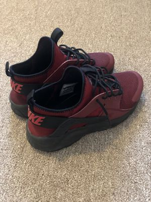 Nike Huaraches Ultra for Sale in Martinsburg, WV
