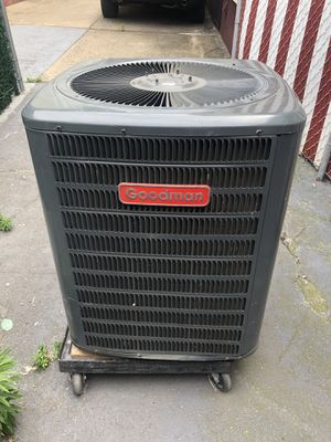 GOODMAN Used AC Condenser GSC130301DA 2O for Sale in Brooklyn, NY