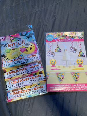 Emoji Decoration kit and 4 table covers for Sale in Stockton, CA