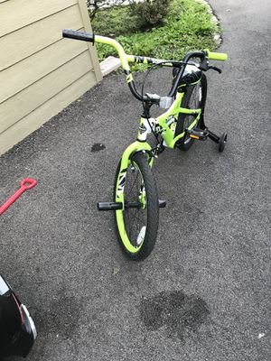 20 inch kids bike for Sale in Glenview, IL