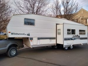 28.5' Wildwood 5th Wheel Camper - Bunkhouse for Sale in Thornton, CO