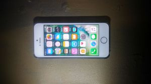 AT&T iPhone 5 for Sale in Houston, TX