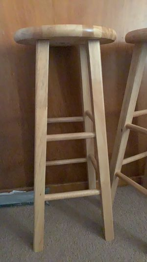 """Mainstays Fully Assembled 24"""" Natural Wood Bar Stool for Sale in Kingsburg, CA"""