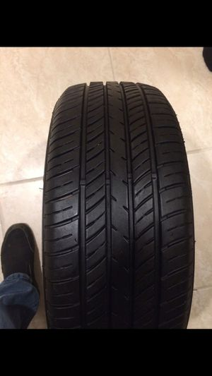 Thunderer Mach 1 Tire for Sale in Chicago, IL