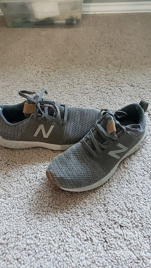 New Balance Size 2Y for Sale in Maple Valley, WA