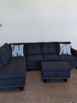 Sofa secsional disponible for Sale in Huntington Park,  CA