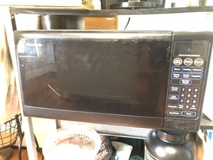 Microwave- working condition for Sale in Melrose, MA
