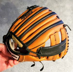 """Franklin Youth T-Ball Baseball Glove 