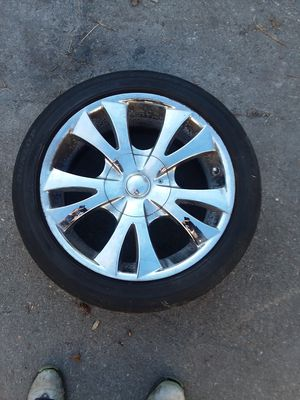 All four 18 inch rims and tires for Sale in Oak Harbor, WA