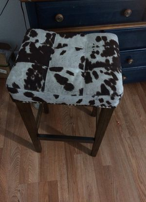 Cow print bar stool for Sale in Pembroke Pines, FL