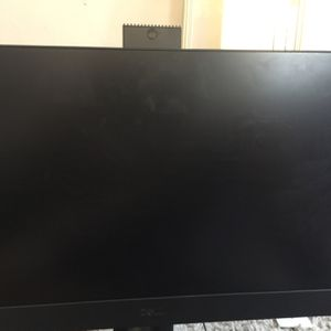 Dell 7470 Optiplex All In One Computer Desk Top 8g Ram Core I5 Windows 10 No Passwords Just Like New Come With Mouse And Keyboard for Sale in Philadelphia, PA