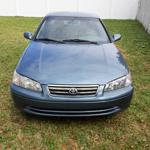 Toyota Camry CE. 2000. for Sale in Orlando, FL