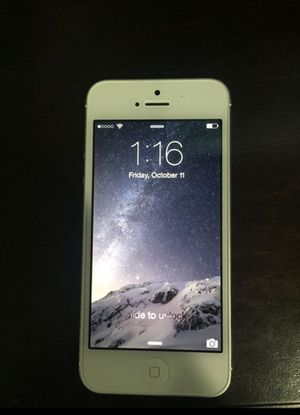 iPhone 5 Sprint Excellent Condition for Sale in Burbank, CA