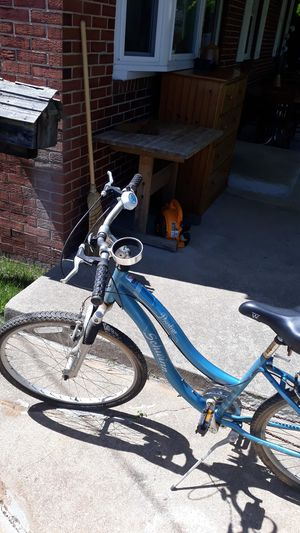 Schwinn prestige bike for women for Sale in Falls Church, VA