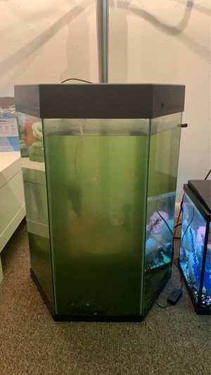 Fish tank set(s) for Sale in New Athens, IL