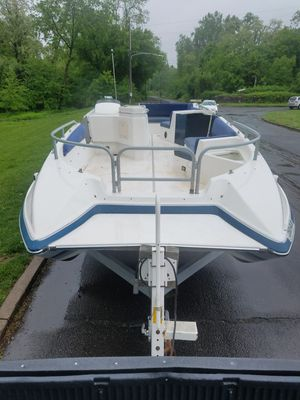 Bayliner boat 175 horsepower for Sale in Philadelphia, PA
