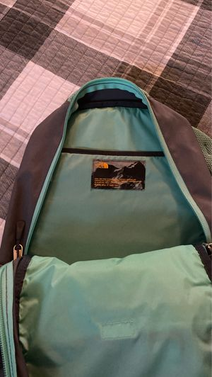 North face backpack for Sale in Bedford, TX