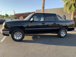 2005 Chevy Avalanche ****Mechanic Special**** Chevy Silverado for Sale in Chandler, AZ