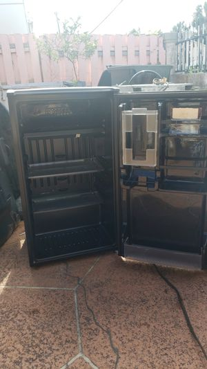 Mini Fridge for Sale in Boynton Beach, FL