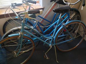 Vintage 1973 Schwinn Continental bicycle for Sale in House Springs, MO