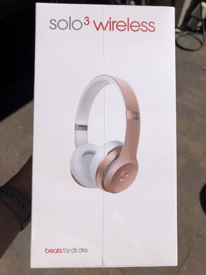 Beats solo wireless headphones rose gold for Sale in Issaquah, WA