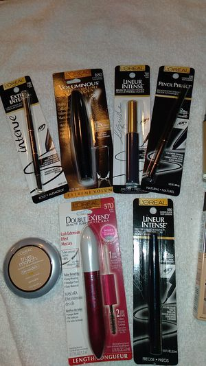 Loreal makeup bundle for Sale in Colton, CA