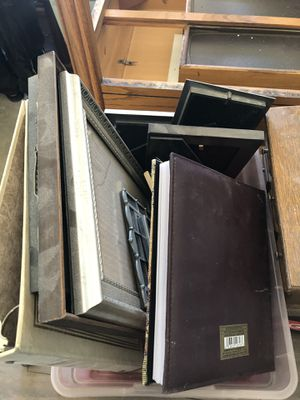 Albums and picture frames for Sale in Sterling Heights, MI
