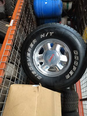 Tires and rims off of a 2000 GMC Sierra for Sale in Bristol, CT