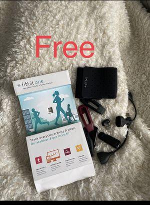 Fitbit one wireless Activity + sleep tracker for Sale in Sandy, UT