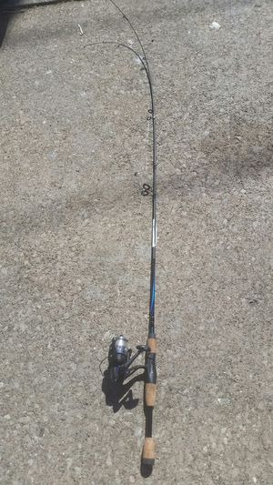 Shakespeare Conquest fishing rod and reel. for Sale in Cleveland, OH