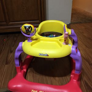 Kolcraft Baby Walker for Sale in Milton, FL