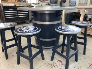 Dallas Cowboys wine barrel table and chair set for Sale in Burleson, TX