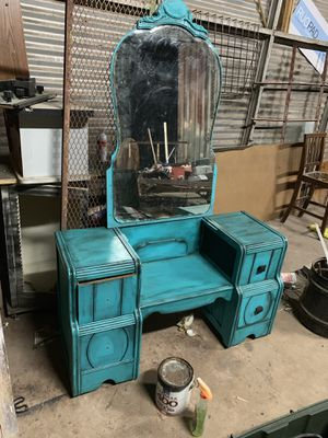 Antique vanity with mirror for Sale in Abilene, TX