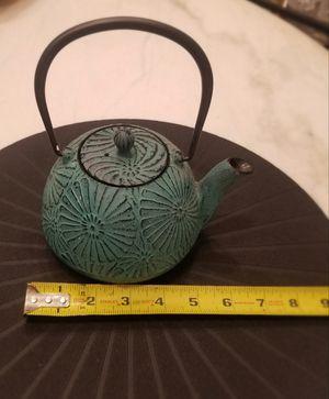 Cast Iron Asian Tetsubin Tea Pot for Sale in Miami, FL