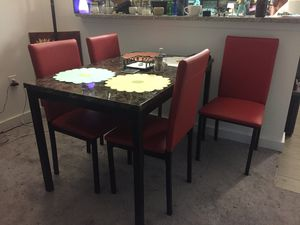 Red 5 piece dining set- faux leather chairs for Sale in San Diego, CA