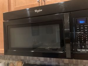 Whirlpool Above Range Microwave for Sale in Clermont, FL