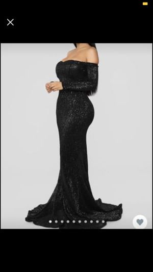 Fashion move prom dress for Sale in Gibsonton, FL