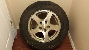 """2005 jeep grand cherokee oem 17"""" rim and tire for Sale in Mount Oliver, PA"""