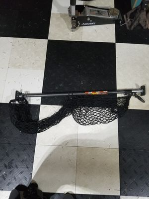 Adjustable storage bar with Net for Sale in Jackson, NJ