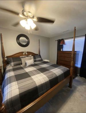 3-Piece King Bedroom Set for Sale in Raleigh, NC