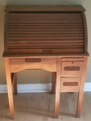 Nearly Antique Child's Roll Top Desk & Chair for Sale in Richmond, VA