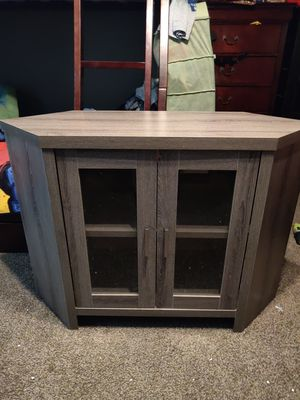 TV stand Grey wood look - Monarch brand for Sale in Phoenix, AZ