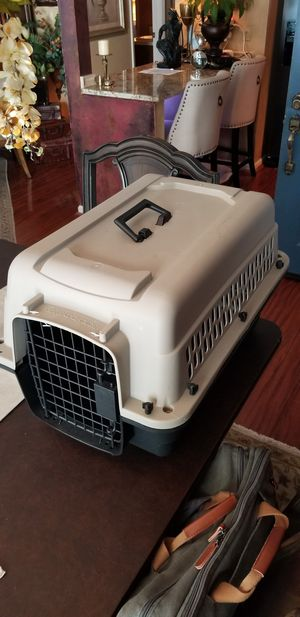 Crate for small dogs for Sale in Raleigh, NC
