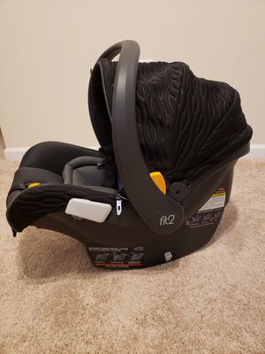 Chicco Fit2 infant to toddler carseat for Sale in Orange Park, FL