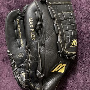 Left-Handed Throw Mizuno Franchise Baseball Glove for Sale in Hacienda Heights, CA