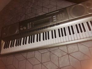 Casio WK-200 Keyboard for Sale in Los Angeles, CA